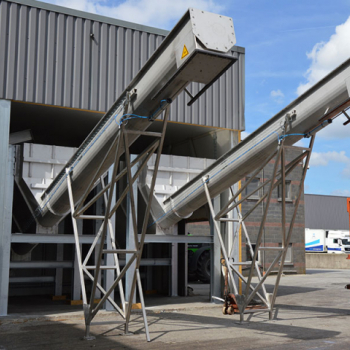 Abattoirs meat waste dewatering and storage